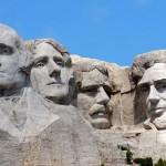 J04B_Projected_Faces_at_Mountrushmore_Natinal_Park.jpg